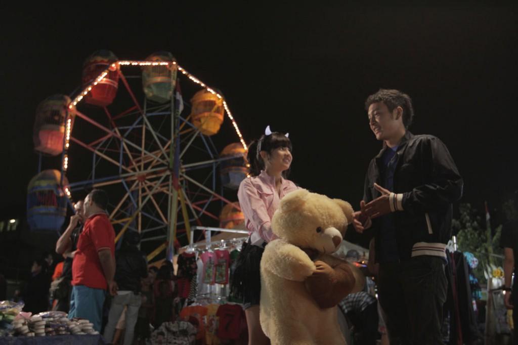 Boneka Teddy Bear Galau semakin galau menghadapi