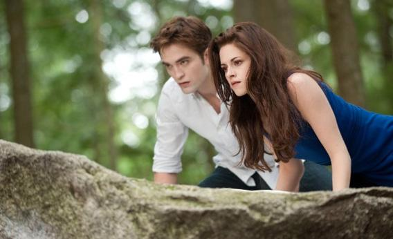 film the twilight saga NEW MOON terjemahan bahasa indonesia hit