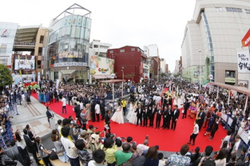 Kokusai Dori Red Carpet 2